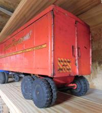 Lot 112: Structo transport truck