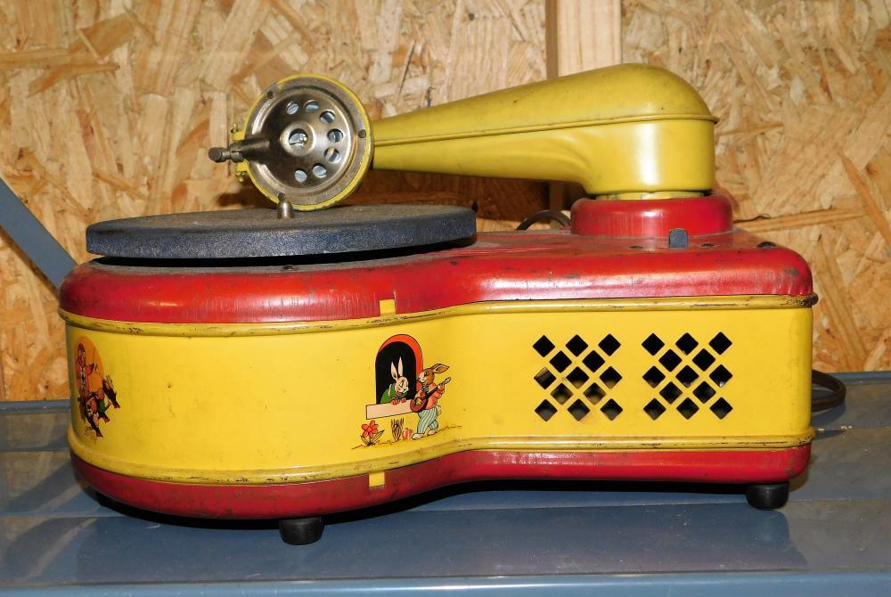 Electric Phonograph model 276--Lindstrom