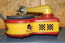 Lot 122: Electric Phonograph model 276--Lindstrom