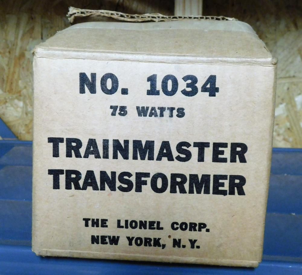 Lionel multicontrol transformer no. 1034 in box