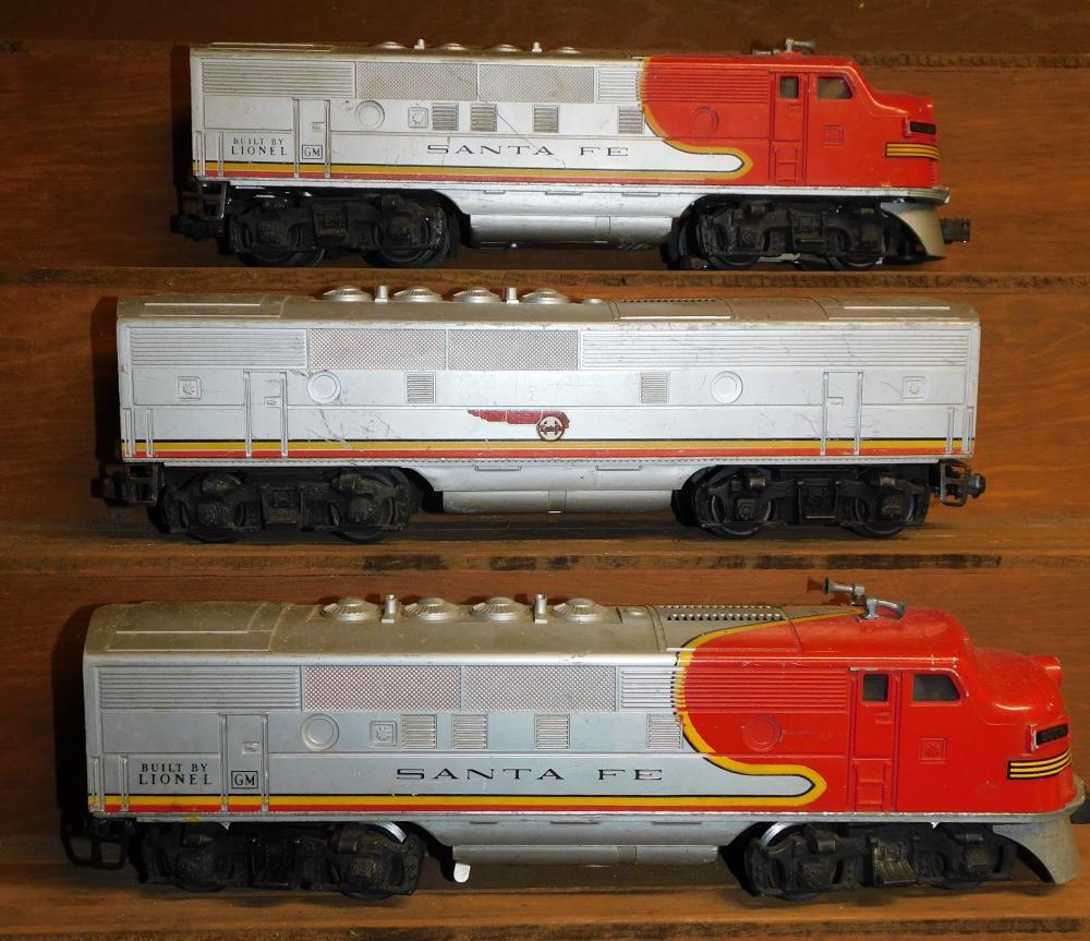 2 Lionel Santa Fe 2383 diesel engines and 1 Santa Fe car