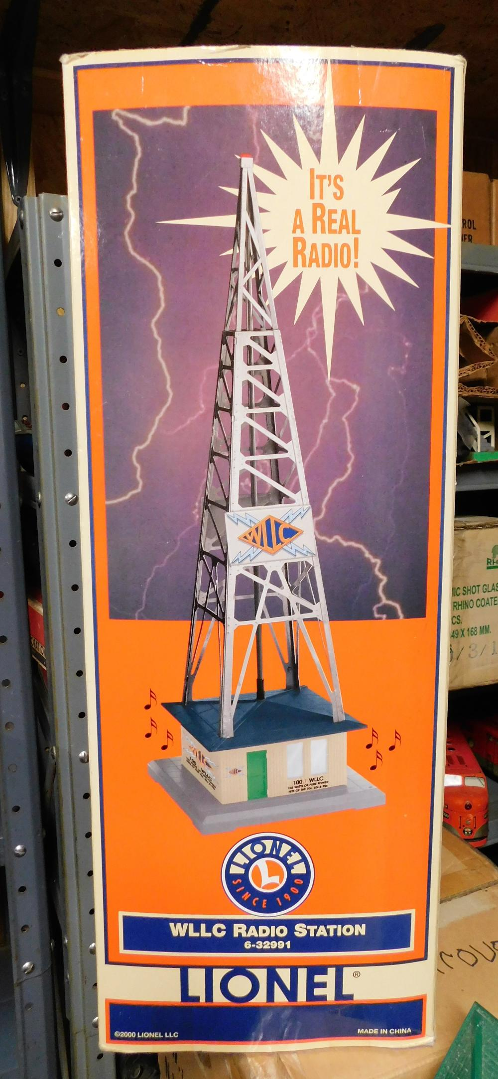 Lot 149: Lionel WLLC Radio Station--Real Radio