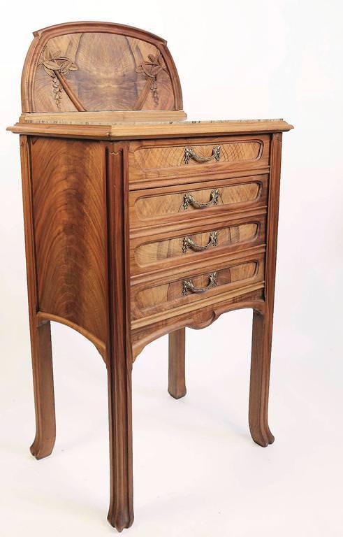 Art Nouveau Walnut And Pearwood Bedroom Set