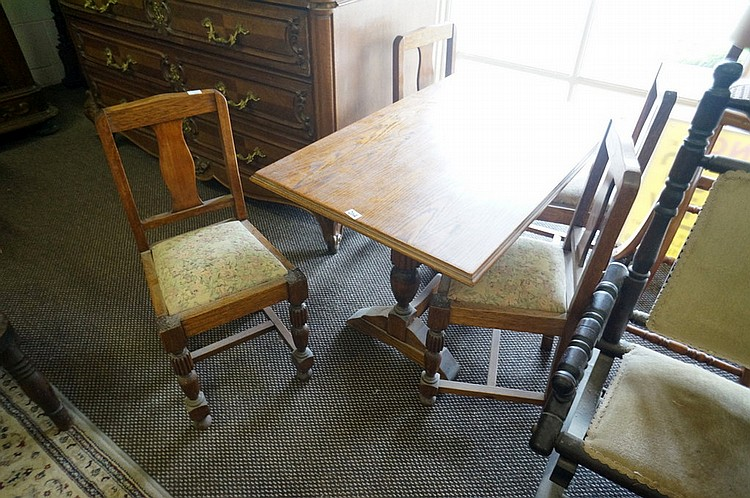 Remarkable 1920S Childs Oak Dining Table 4 Chairs Creativecarmelina Interior Chair Design Creativecarmelinacom