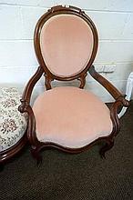 Vic mah arm chair