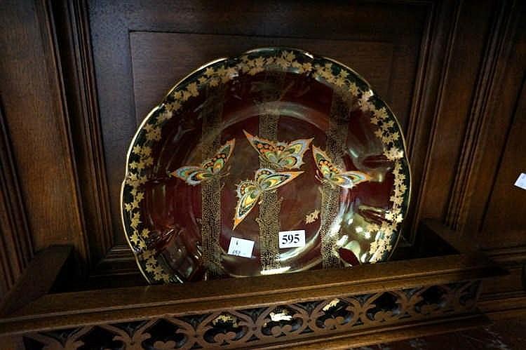c devon rouge royale lustre butterfly decorated 25 cm plate. Black Bedroom Furniture Sets. Home Design Ideas