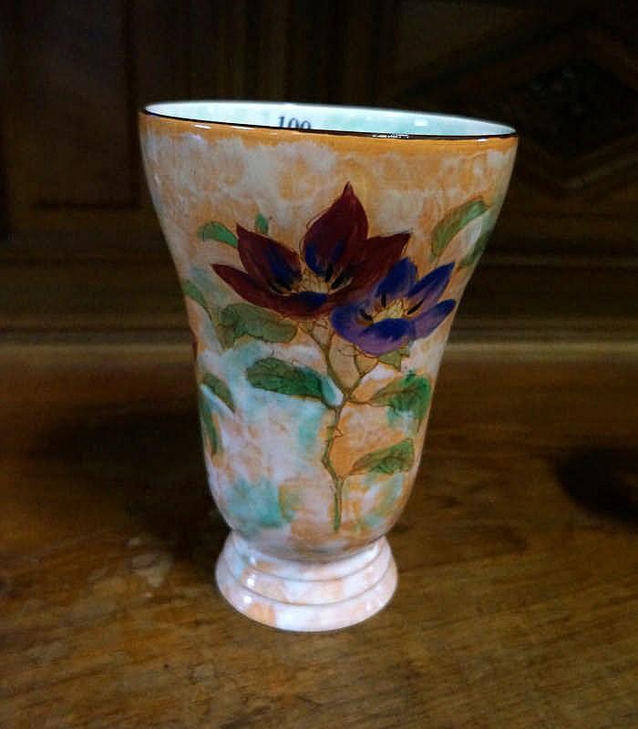 r doulton h painted 22 cm magnolia vase. Black Bedroom Furniture Sets. Home Design Ideas