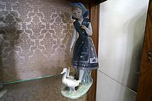 Lladro girl with ducks