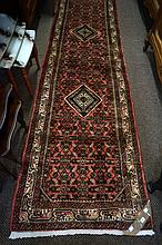 Persian hand made woollen Housinabad runner from Western Iran 379 x 97
