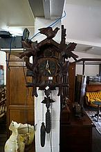 Antique 2 weight cuckoo clock
