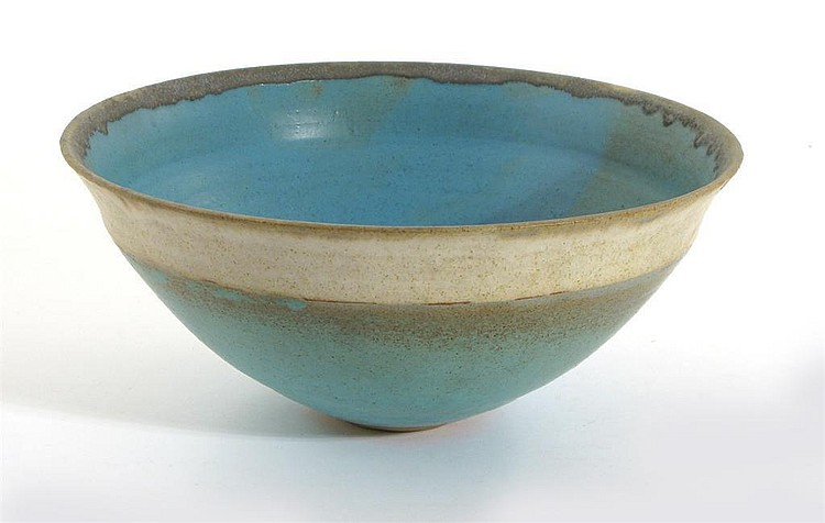 Mary White (born 1926) a flaring porcelain bowl,