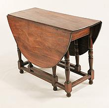Fine William & Mary Style Gate Leg Table