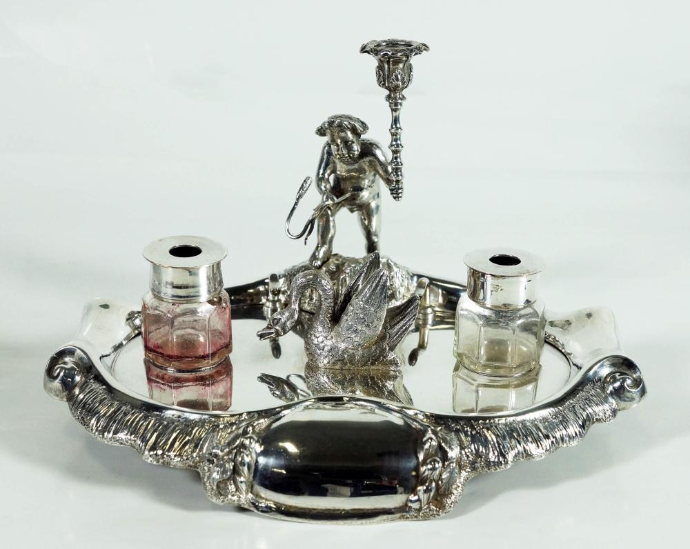 1392C) Silverplate Swan Ink Stand