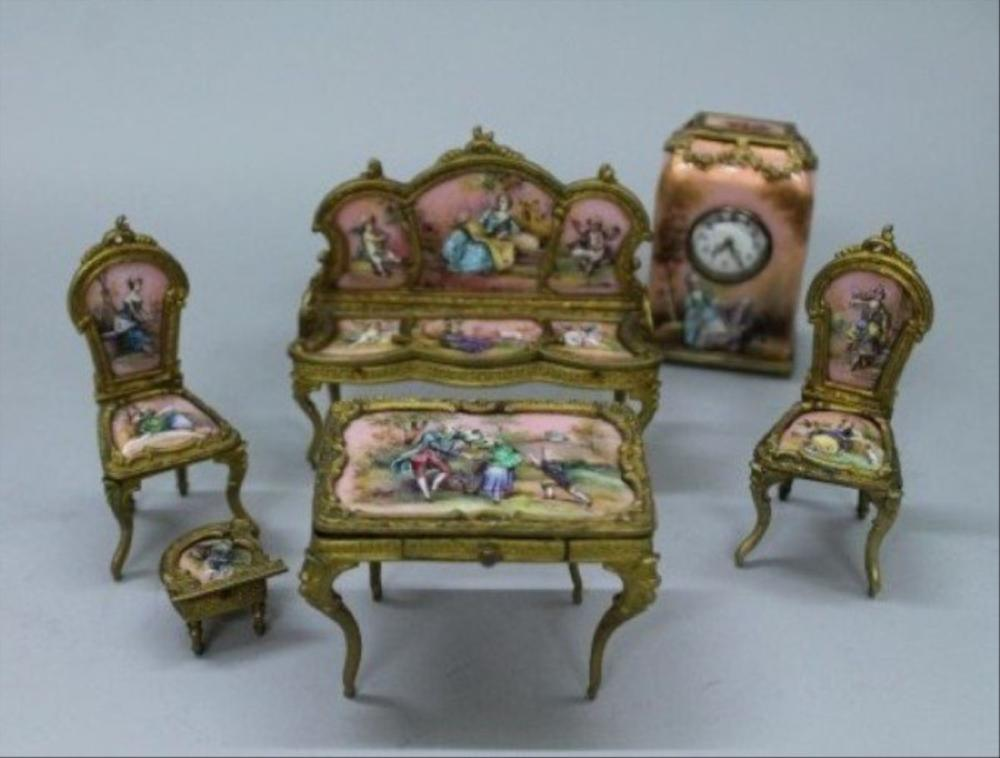 Magnificent Viennese Enamel And Porcelain Miniature