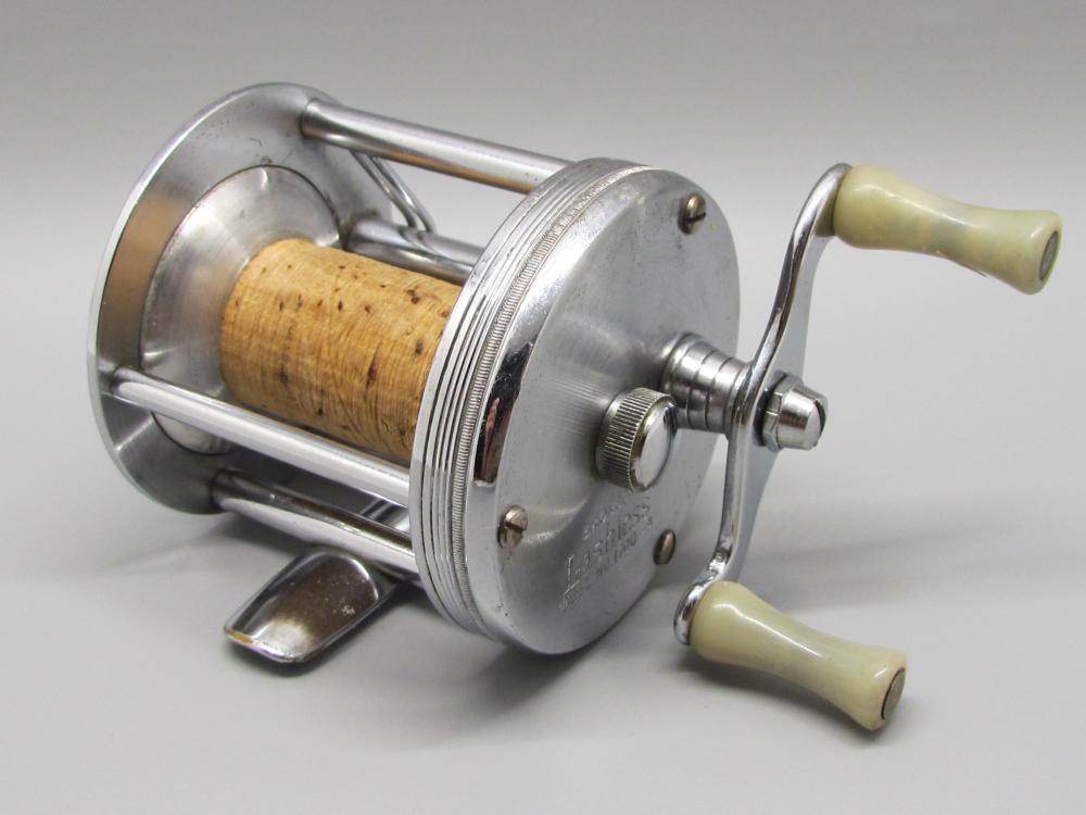 Vintage Bronson Fishing Reel