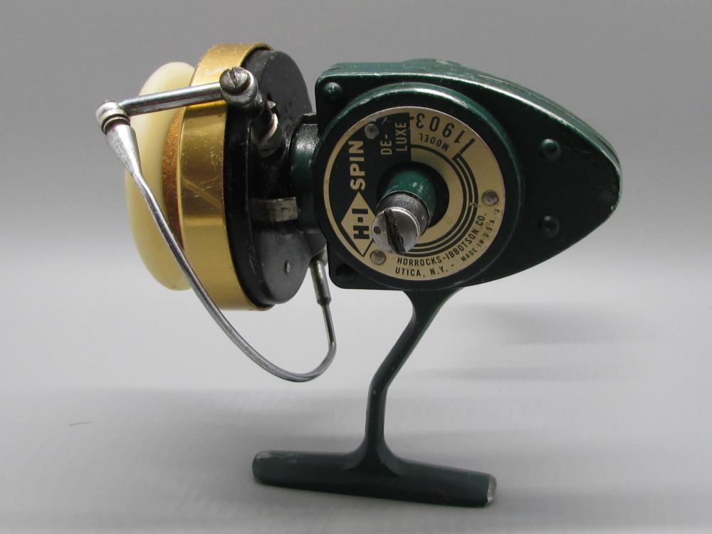 Vintage H-I Fishing Reel