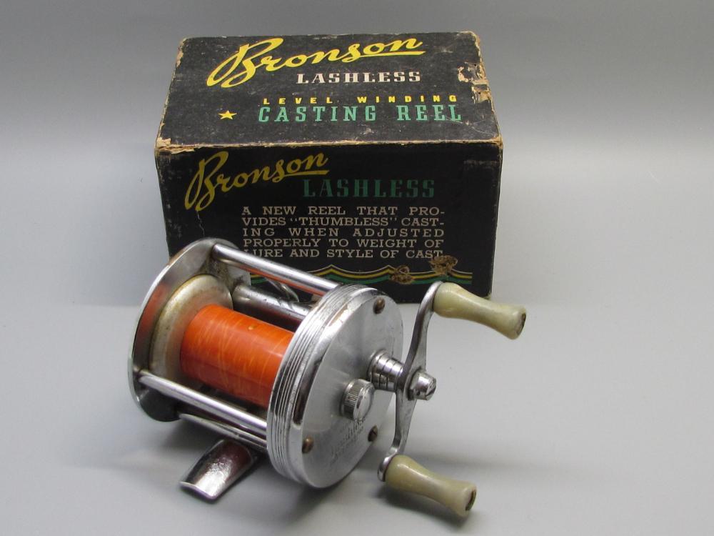 Vintage Bronson Lashless Casting Reel