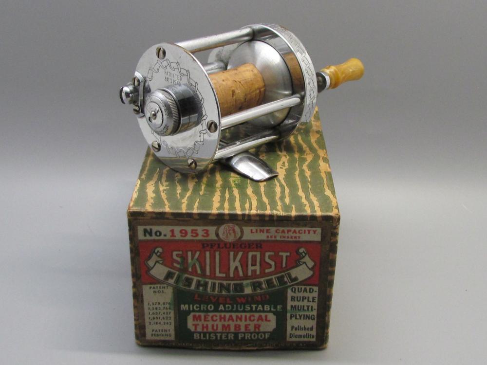 Vintage PFLUEGER SKILKAST Fishing Reel
