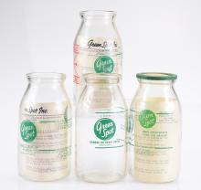 4Pcs Rare Duo Color GREEN SPOT ORIGINAL MEASURING JARS Concentrate Orange & Grape Drink Glass Jars Lids Beverage Promotional