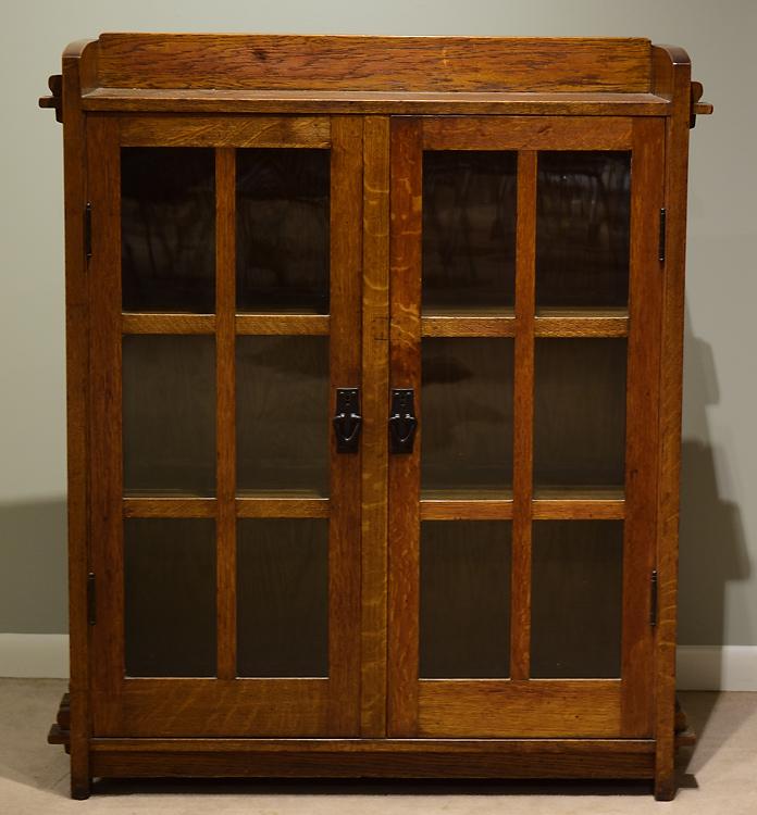 Vintage GLASS FRONT BOOKCASE OAK MISSION STYLE LOCKING 2DOOR
