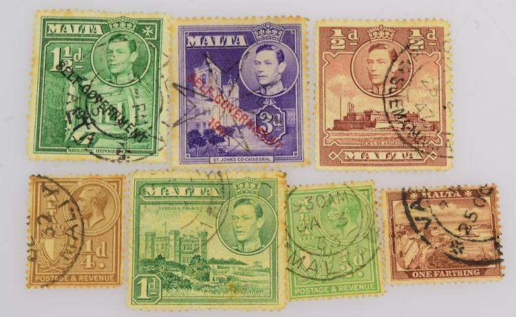 Large collection vintage world stamps royal naval reserve gu for Antique items worth a lot of money