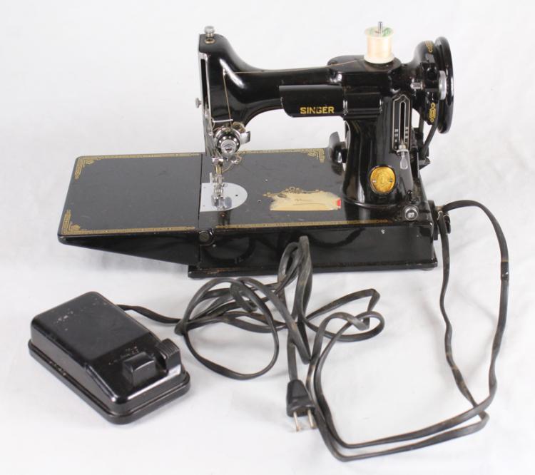 featherlight sewing machine