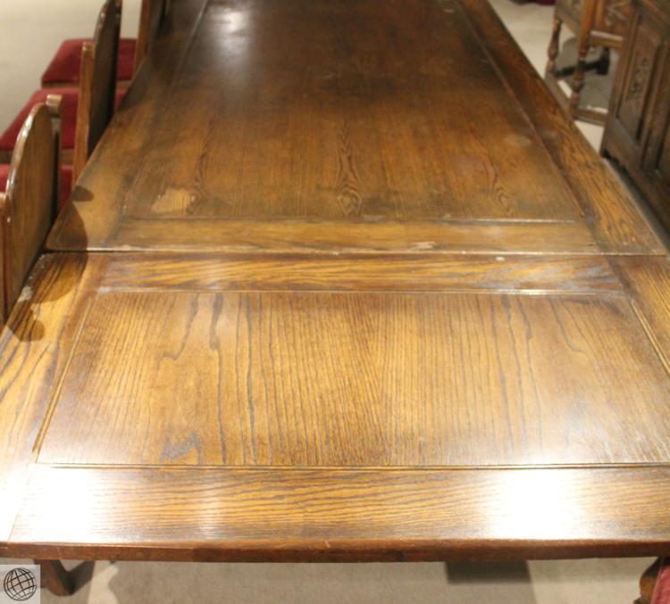 10pcs Vintage Jamestown Lounge Company Feudal Oak Dining Ro