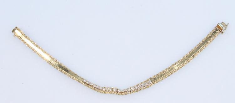 Precious Gemstones 14 KARAT DIAMOND BRACELET Vintage Jewelry Box Clasp Gold Tooling Ornamentation