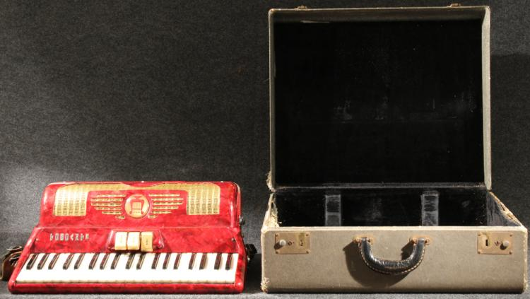 Vintage Musical Instrument TOSCANTI ACCORDION 20th Century Mother Of Pearl Keys Carrying Case 120 Button Red Tortoiseshell Polka Cajun Zydeco French