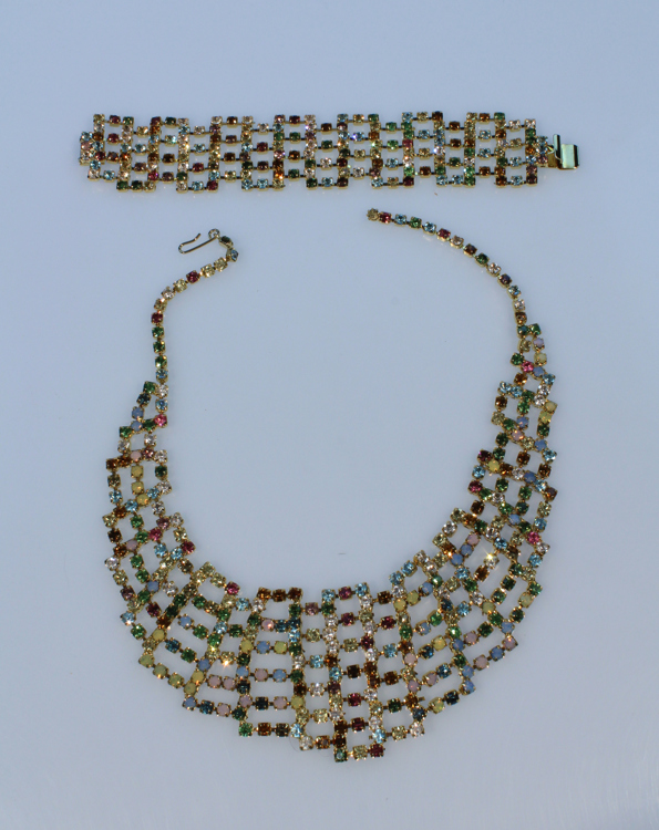 2Pcs Costume Jewelry VINTAGE BIB NECKLACE & MATCHING BRACELET SET Multi-Colored Rhinestones Formal Evening Wear