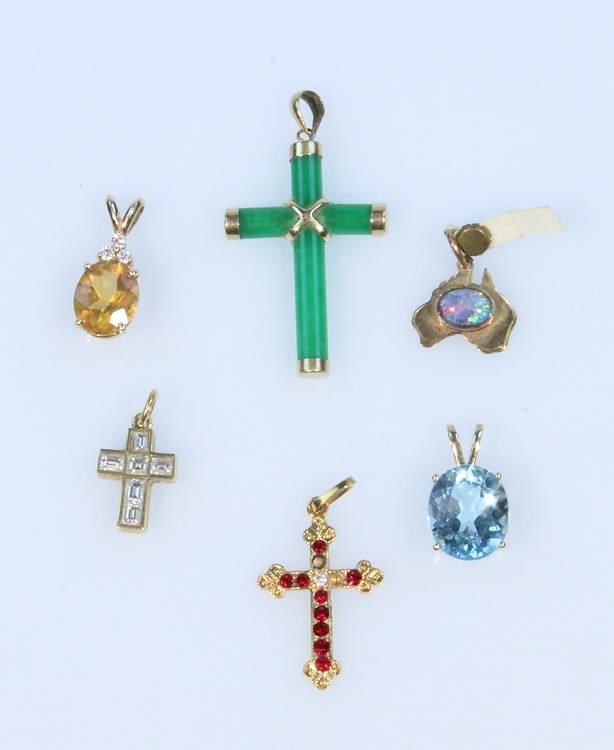 6Pcs 9 14 & 18 Karat VINTAGE GOLD JEWELRY Diamonds Blue Topaz Citrine Jade Crosses Pendants Baguette Oval Cut