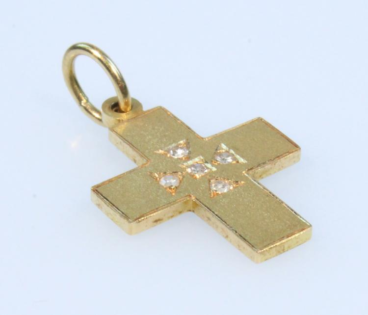 Precious Gemstones 18K GOLD CROSS WITH FIVE DIAMONDS Modern Vintage Jewelry Pendant Christian