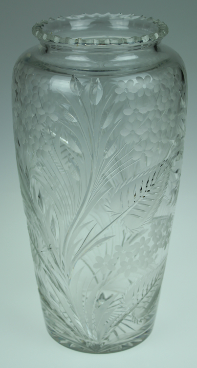 Vintage Wheel-Cut LEAD CRYSTAL VASE 14