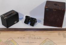 4Pcs Large World Wall Map View-Master ANTIQUES Kodak Brownie No. 2 Model D 1900 Leather Box Camera Woody Woodpecker Photography