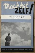 vintage booklet on flying and making kites