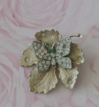 estate jewelry: pin brooch with leaf and butterfly