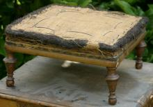 antique 1800's footstool or ottoman with turned feet walnut frame