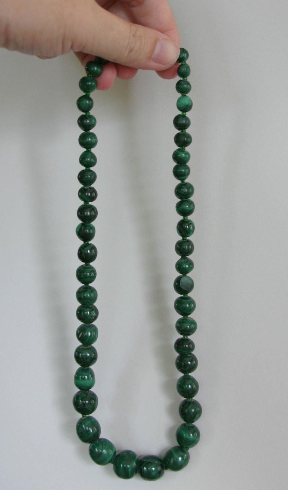 vintage estate jewelry: Malachite necklace