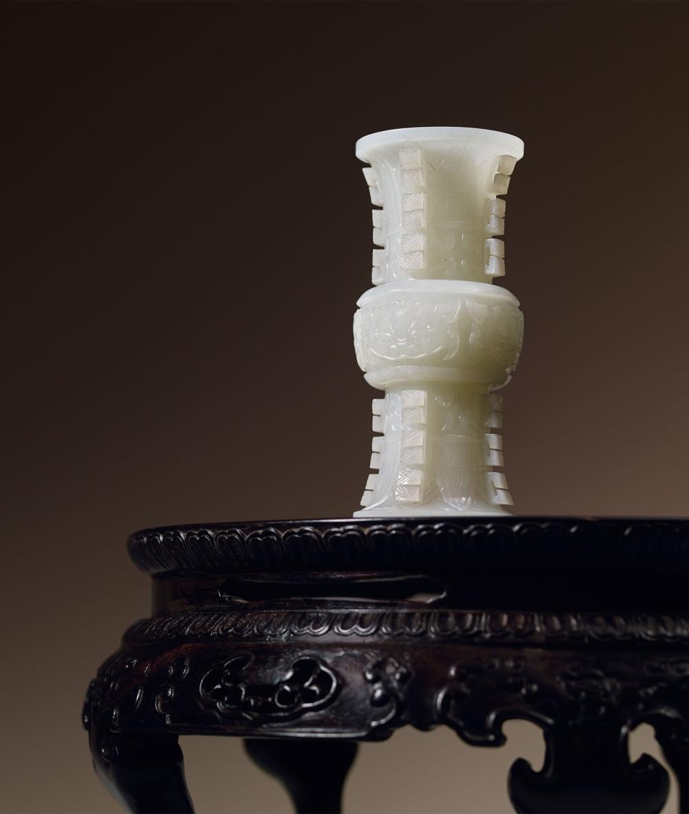 清乾隆 白玉獸面紋出戟觚 A Fine White Jade 'Beast-Mask' Vase, Qing Dynasty, Qianlong Period