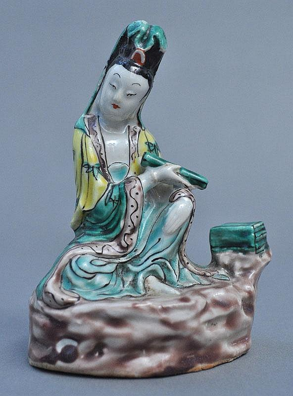 A Chinese Porcelain Seated Guanyin