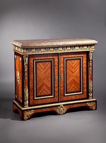 Kabinettschrank im Stil Louis XV.,