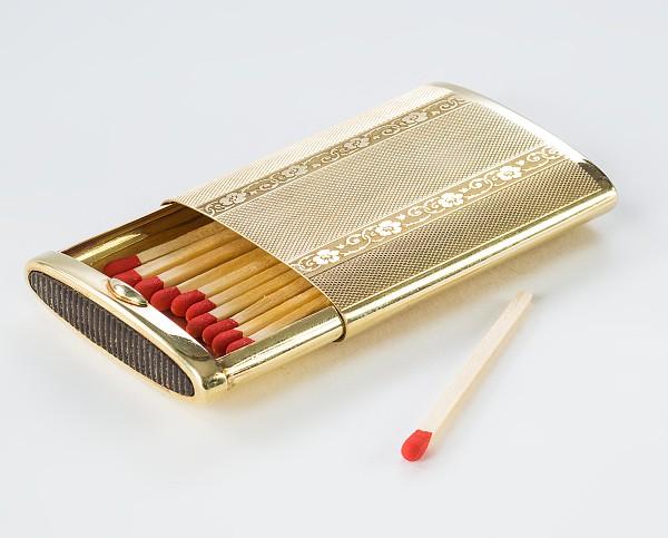 Goldene Streichholzdose,