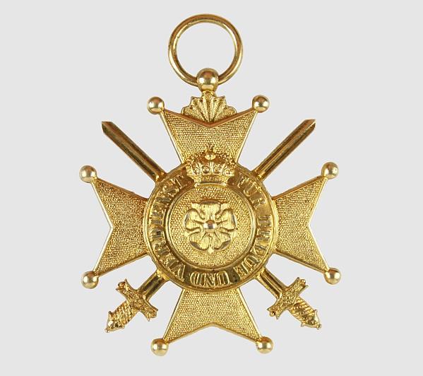 Verdienstkreuz in Gold