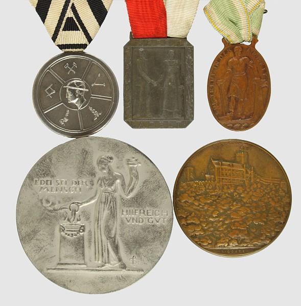 5 Medaillen,