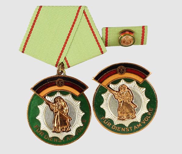 Ehrenzeichen der Deutschen Volkspolizei,