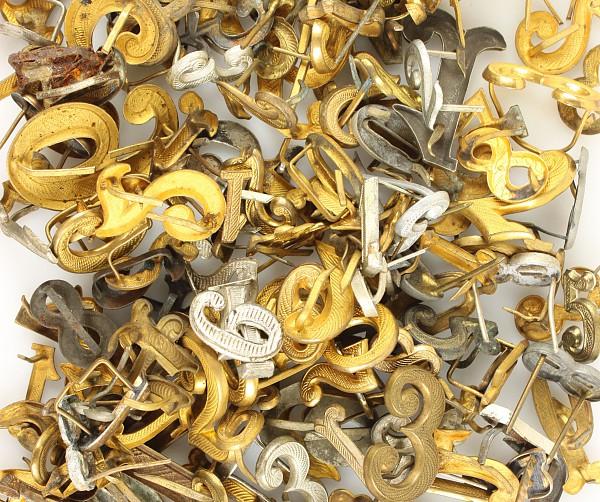 Konvolut von über 200 Metalleffekten-