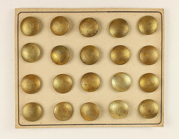 20 vergoldete Knöpfe