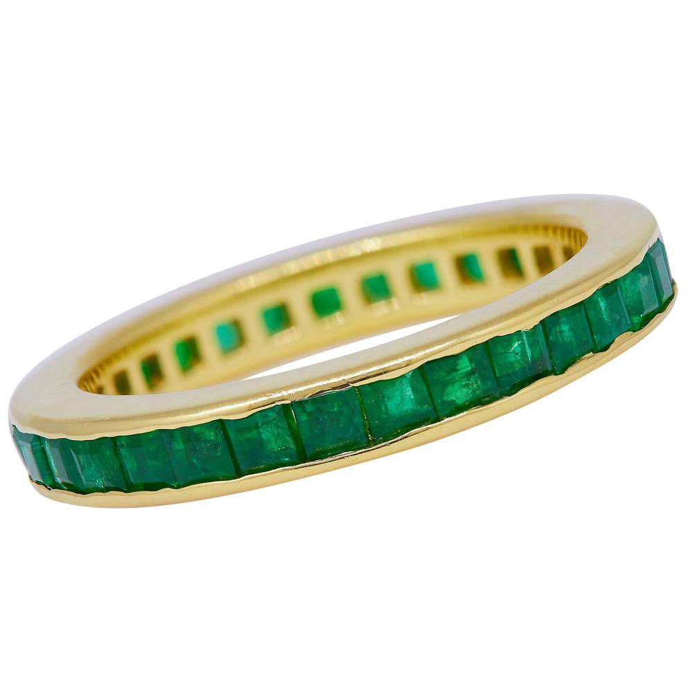 -NO RESERVE- EMERALD ETERNITY RING