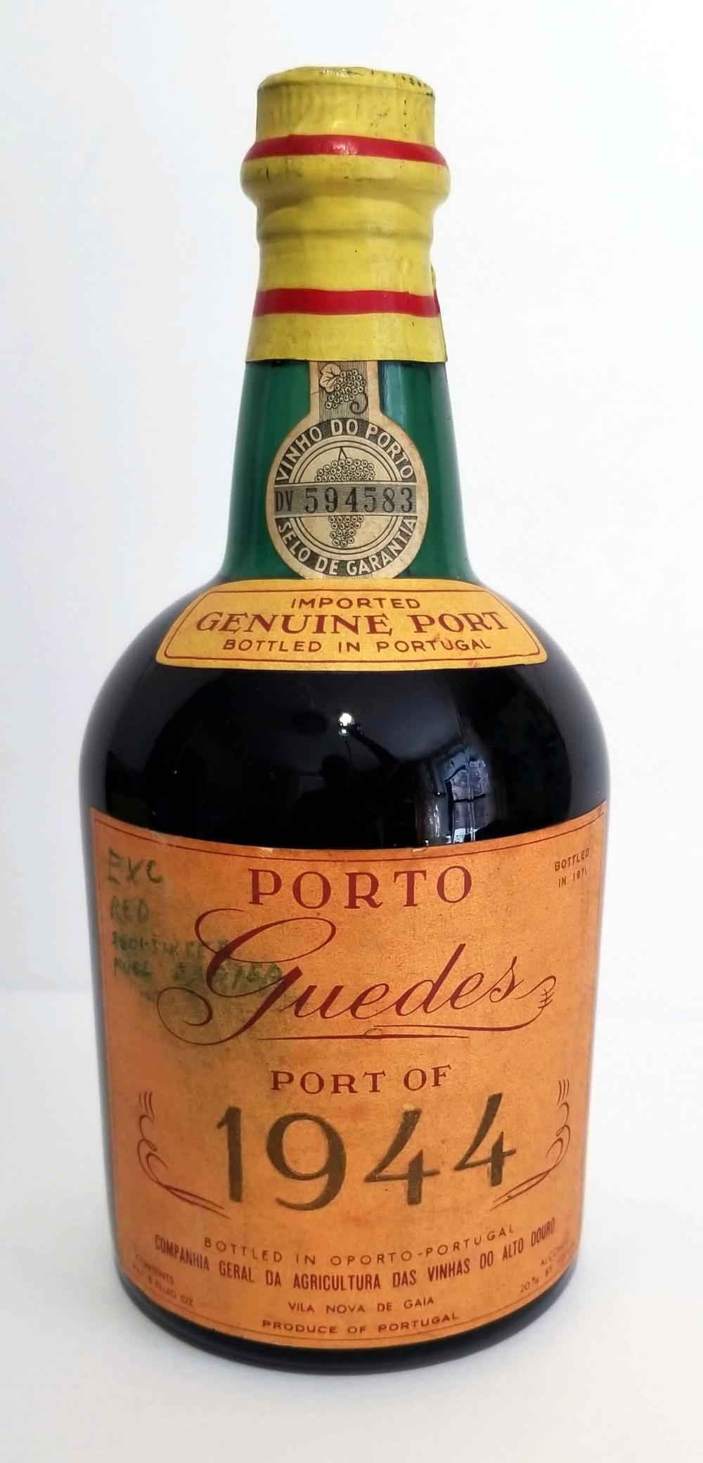Porto Souza Guedes 75cl: Vintage 1944, Bottled 1971