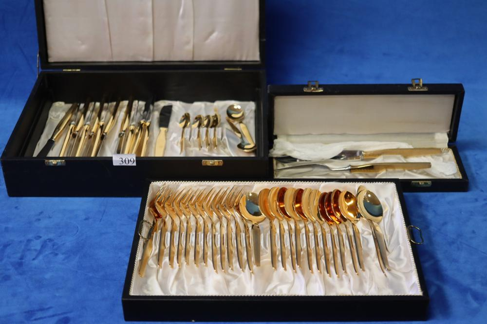 VINTAGE BOXED GOLD HARTVERGOLDET SOLINGEN 2 LEVEL CUTLERY SETTING & BOXED CARVING SET
